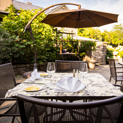 Alfresco dining on the patio at Girasole
